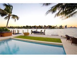 Paradise Villa 4 bd Waterfront  w pool South Beach - Miami Beach vacation rentals