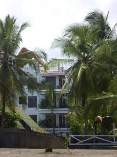 Beautiful Condo with Internet Access and Dishwasher - Jaco vacation rentals