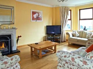 12 THE LAWN well presented, family friendly with open fire in Castletownshend, County Cork Ref 11863 - Castletownbere vacation rentals