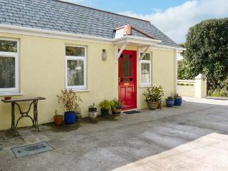 BREAK AWAY, ground floor annexe with wide doors for wheelchairs, in Tywardreath, Ref: 14843 - Tywardreath vacation rentals