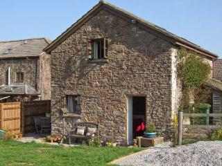 THE STABLE, barn conversion, garden, river fishing available in Marstow, Ref 5322 - Herefordshire vacation rentals