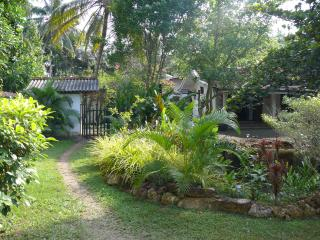 Teuflische Villa, Hikkaduwa - Sri Lanka vacation rentals