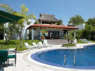 Canta Rana - La Cruz de Huanacaxtle vacation rentals