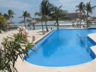 Quinta Luna - Xpuha vacation rentals