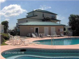 Three Bedroom Has 2 Kitchens and Sleeps 10 People - Panama City Beach vacation rentals