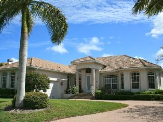 HOME WITH PLENTY OF AMENITIES! - Marco Island vacation rentals