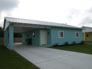 Cozy 2 bedroom Apartment in Port O Connor - Port O Connor vacation rentals