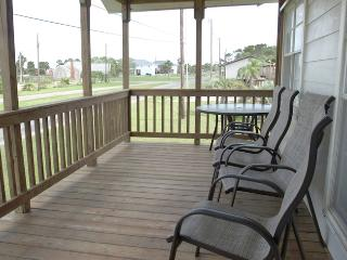 2 bedroom House with Internet Access in Port O Connor - Port O Connor vacation rentals