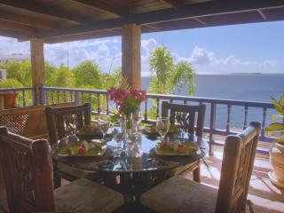 Villa Beachcliff, Casual Caribbean Elegance - Lance Aux Epines vacation rentals