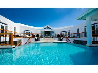 Luxury 7 bedroom Turks and Caicos villa. Gorgeous beachfront property! - Providenciales vacation rentals