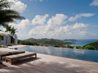 Luxury 4 bedroom St. Barts villa. Great view of the island hills and ocean! - Lorient vacation rentals