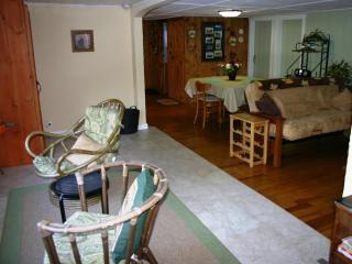 Cozy Lakeside Getaway - Lakes Region - Relax - Gilmanton vacation rentals