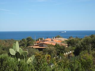 Villetta Aurora - Cozy property with private garden and sea view - Domus de Maria vacation rentals