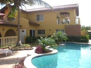Aruba Beach Villa 5 bedroom 200 steps arashi Beach - Malmok Beach vacation rentals