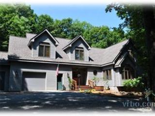 October Available- Luxury House on Golf Course - Wintergreen vacation rentals