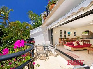 Bayona 1 Noosa Little Cove front row. 2 bed 2 bath - Noosa vacation rentals
