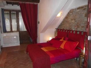 Great studio flat in the very heart of Florence - Florence vacation rentals