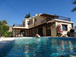 Luxury 5* 3-Bed Stone Villa in Peyia, Coral Bay - Peyia vacation rentals
