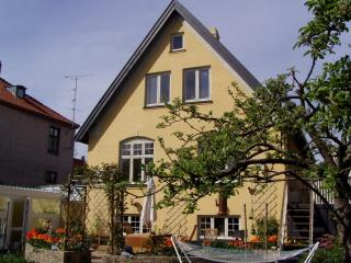 Spacious Bed&Breakfast, Copenhagen, close to city center - Copenhagen vacation rentals
