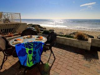 Condo on the Beach w/ oceanfront balcony and patio,Designer Decorated - Oceanside vacation rentals