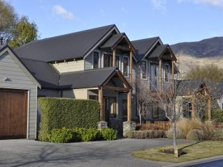 Luxury on Lansdown Wanaka - Wanaka vacation rentals