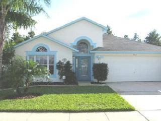 Luxury 4 Bedroom Villa w/pool, 2 Miles from Disney - Kissimmee vacation rentals
