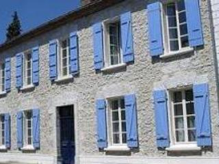 Charming 4 bedroom Valence sur Baise Bed and Breakfast with Internet Access - Valence sur Baise vacation rentals
