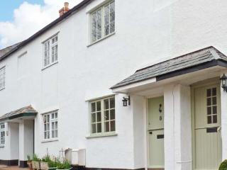LITTLE DRAGONS easy reach of beach, period cottage with woodburner in Dunster - Dunster vacation rentals