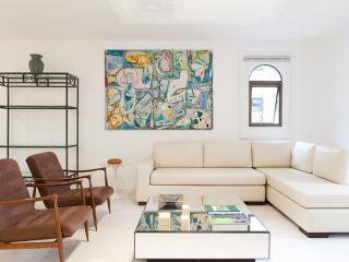 Luxury 2 Bedroom Apartment in Jardins - Sao Paulo vacation rentals