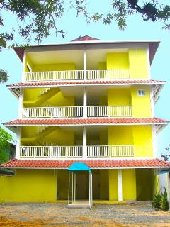 Jardines Vista del Mar Two bed room condo - Bocas Town vacation rentals