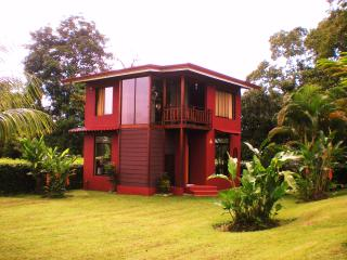 VILLA TRENTINO, in La Fortuna downtown !!! - Nuevo Arenal vacation rentals