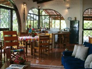 Casa3Palmas-Villa w pool, 20% off  Remaining 2016 dates!! - Manuel Antonio National Park vacation rentals