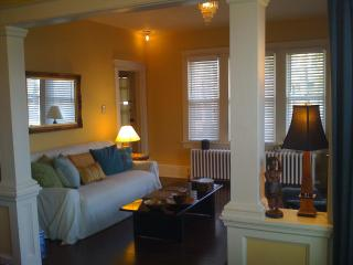 Nature, Art, Hip Hudson Valley River Town 70mi NYC - Gardiner vacation rentals