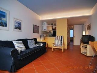 Cozy 3 bedroom Apartment in Tamariu with Short Breaks Allowed - Tamariu vacation rentals