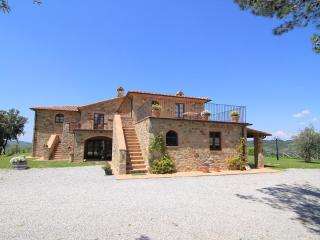 Castagnatello Country House - Castagno unit - Seggiano vacation rentals