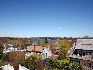 WESTPORT, CT - Overlook Ocean Beach; 1 hr to NYC - Westport vacation rentals