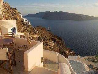 2 bedroom House with Short Breaks Allowed in Oia - Oia vacation rentals