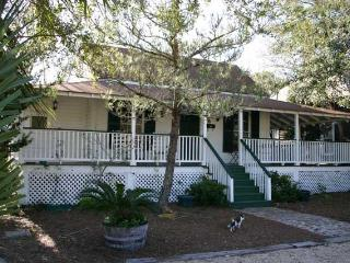 The Raney Guest Cottage - Apalachicola vacation rentals