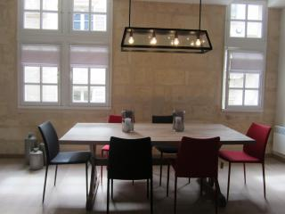 Very Nice and modern apartment in Bordeaux center - Bordeaux vacation rentals