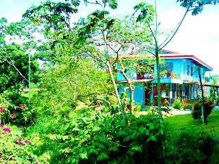 The Riverbank 1 and 2: Your Oasis in La Fortuna - La Fortuna de San Carlos vacation rentals