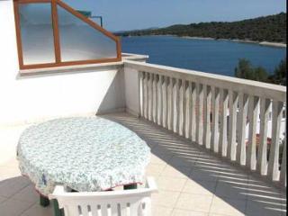 5423 SA5(2+1) - Jezera - Island Murter vacation rentals