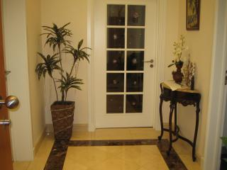 Bright 3 bedroom Apartment in Funchal - Funchal vacation rentals