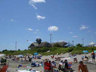 Narragansett RI-beach-house- Walk to Scarborough B - Narragansett vacation rentals