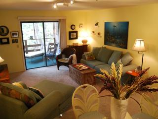 Great Condo near beach & shops -7th nite is free! - Fernandina Beach vacation rentals