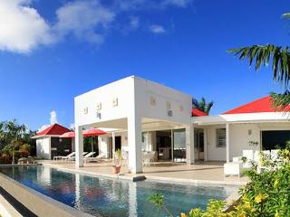 Coral : Contemporary And Sleek, Terres Basses Sxm - Saint Martin-Sint Maarten vacation rentals