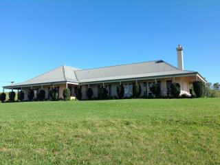 Holman Estate Hunter Valley - Pokolbin vacation rentals
