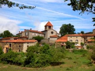 French Farmhouse Holidays - a hidden paradise - Auvergne vacation rentals