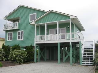 Beautiful Quiet Home on Oak Island - Caswell Beach vacation rentals