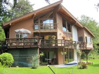 Mirror Lake Lodge - Lake Placid vacation rentals