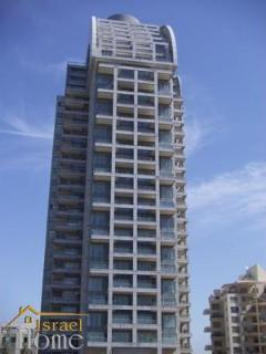 4 bedroom Apartment with Internet Access in Netanya - Netanya vacation rentals